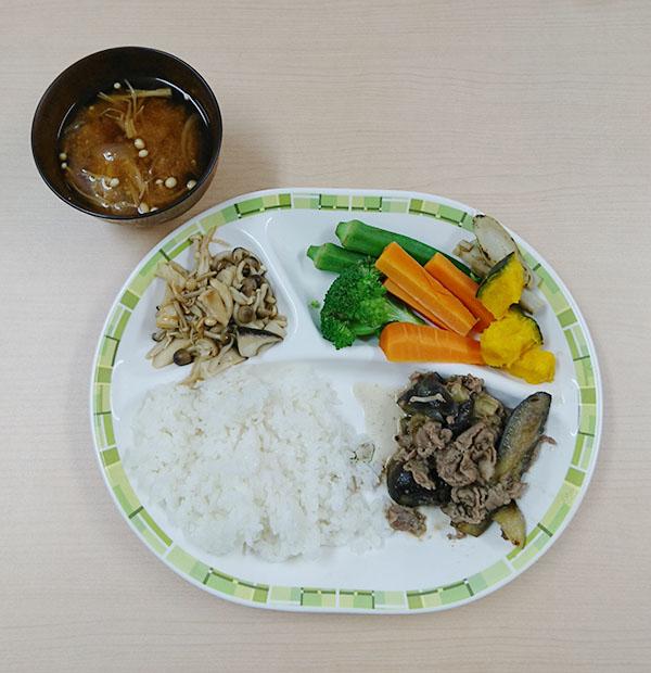 秋ナスと豚の生姜炒め