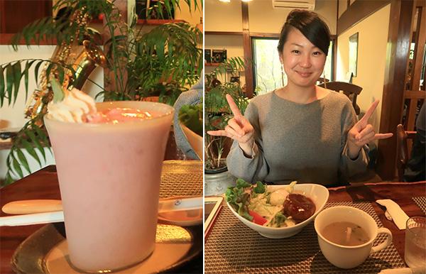 苺スムージと、ロコモコ丼